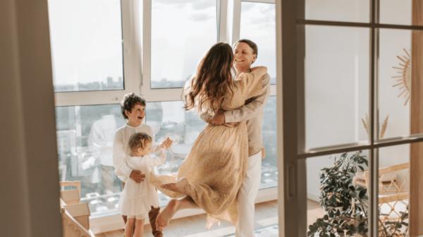 Des looks tendance pour une maman moderne !